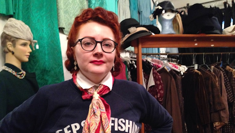 Britta Hammarströms klädstil inspireras av 1930- och 1940-talet.