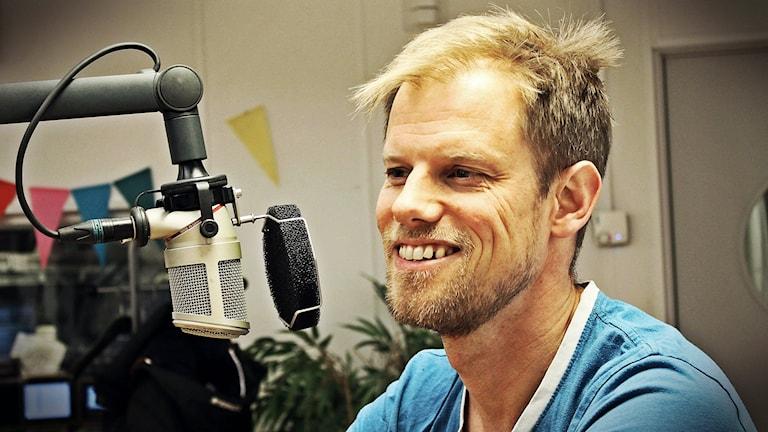 Ola Olefeldt är kurator på Studenthälsan på Malmö högskola och pratar om perfektionism. Foto: Suzan Arslan/SR