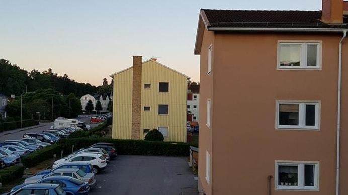 Anna Ringmar i Enköping, utanför hennes bostad 05:15