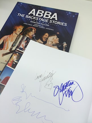 Signerad Abba teh Backstage Stories