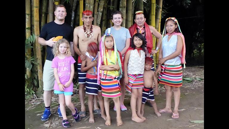 Familjen Brodin med familjen Tschilas. Foto: Brodin