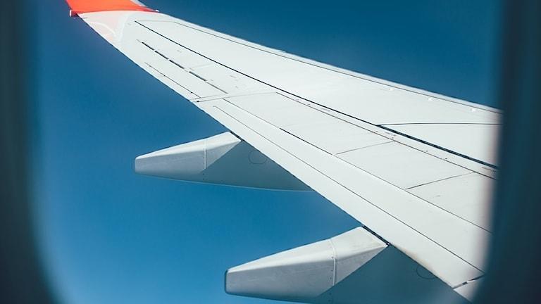Flygplansfönster.