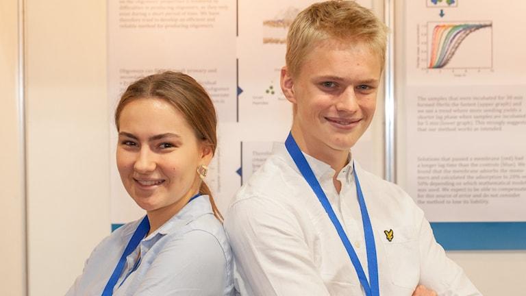 Forsknings-EM för ungdomar har precis avgjorts. Under tisdagen vann Elsa Axby och Mattias Akke från Lund pris i kategorin för molekylärbiologi.
