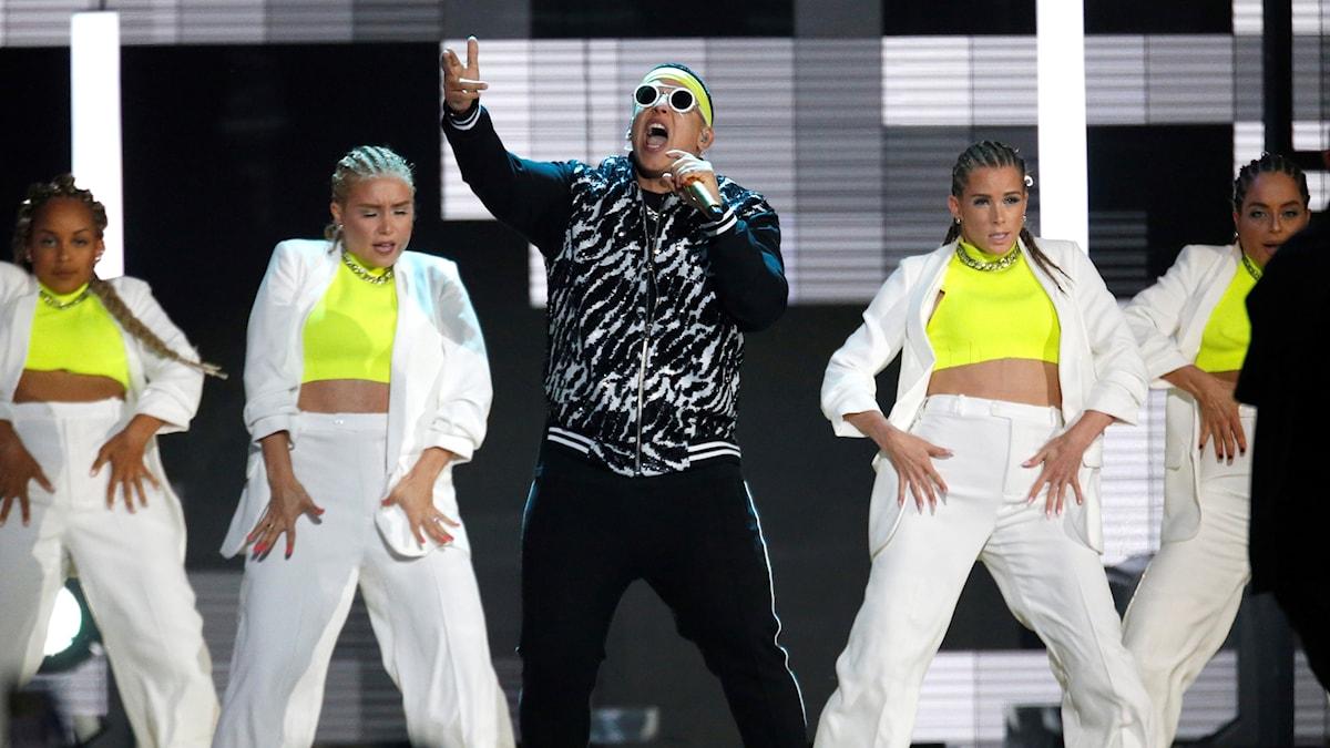 Daddy Yankee uppträder på Billboard Latin Music Award 25 april 2019.