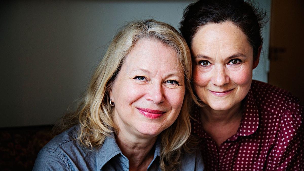 Helena von Zweigbergk och Pernilla August. Foto: Martina Holmberg/Sveriges Radio.