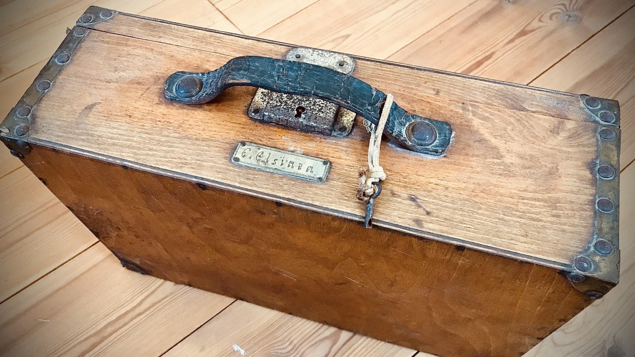 En kappsäck med brev från kriget