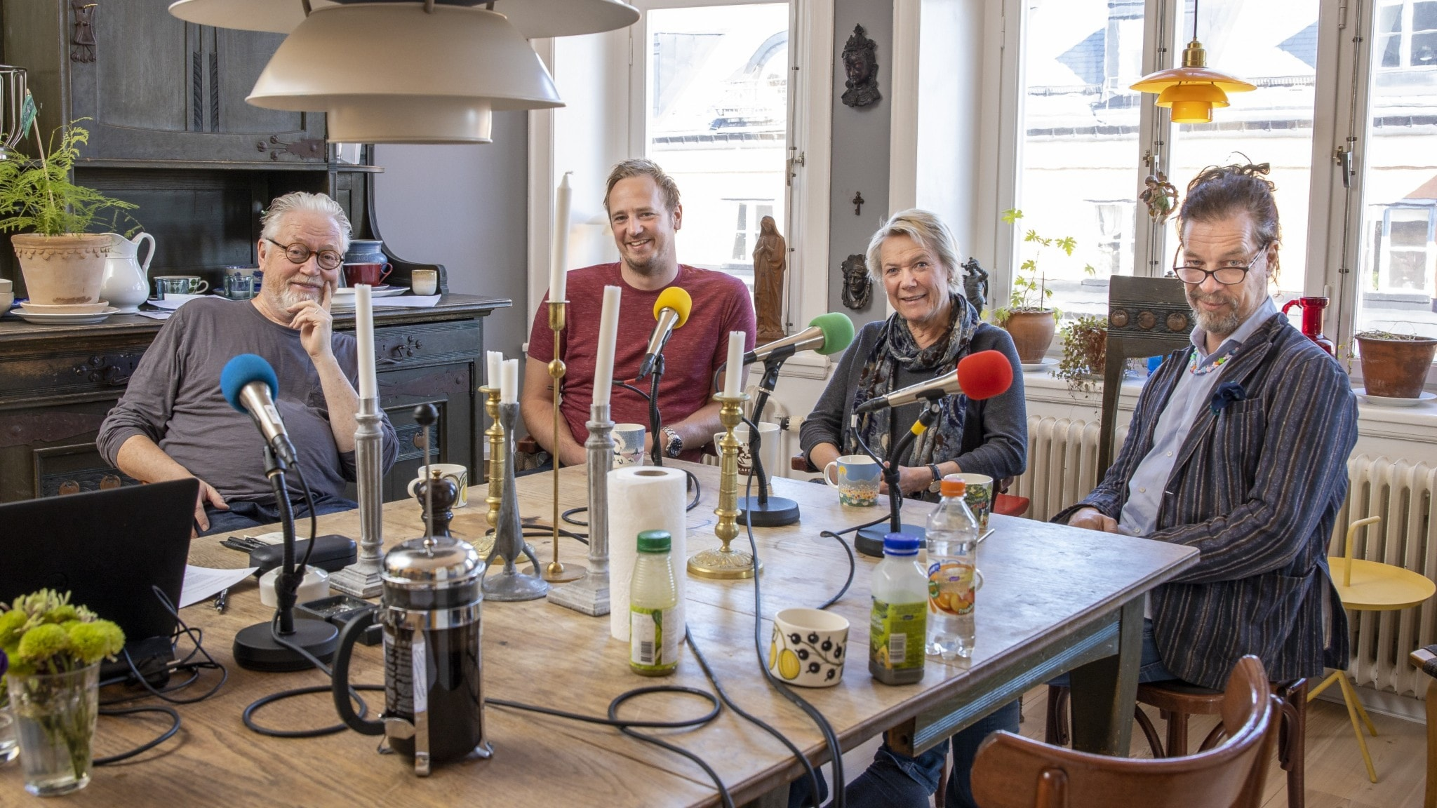 Olle Carlssson präst, Marcus Bremdahl kökschef, Agneta Lagercrantz författare journalist, Bob Hansson programledare.
