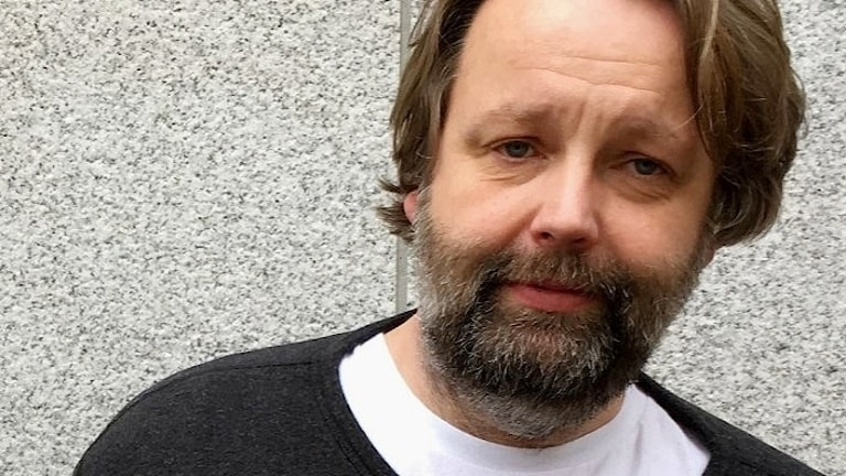 Jonas Westman, på Sveriges Radios musikredaktion. Foto: Lisbeth Östman/Sveriges Radio