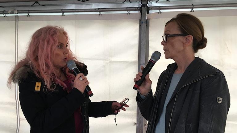 Plånbokens Pia Fridén och DO - Agneta Broberg.