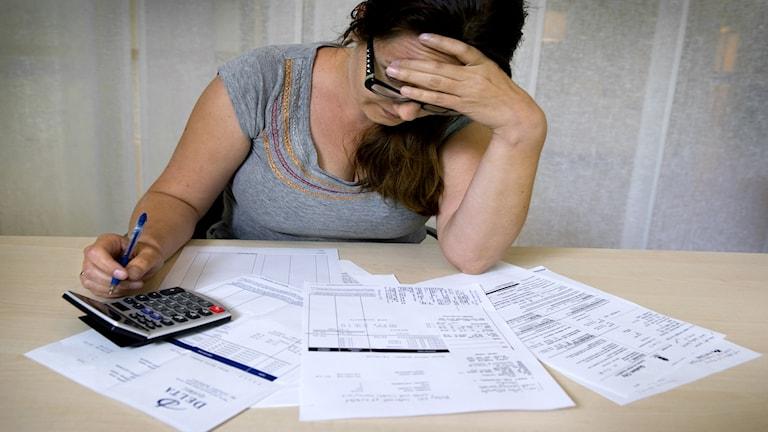 Företag erbjuder överskuldsatta hjälp mot betalning