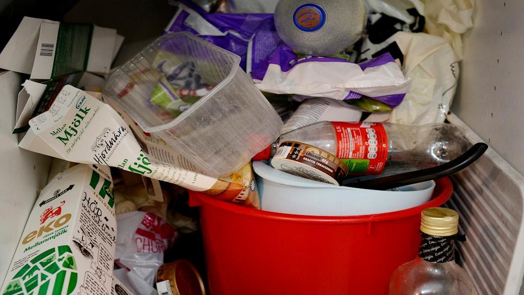 Vem tar ansvar för vårt avfall?