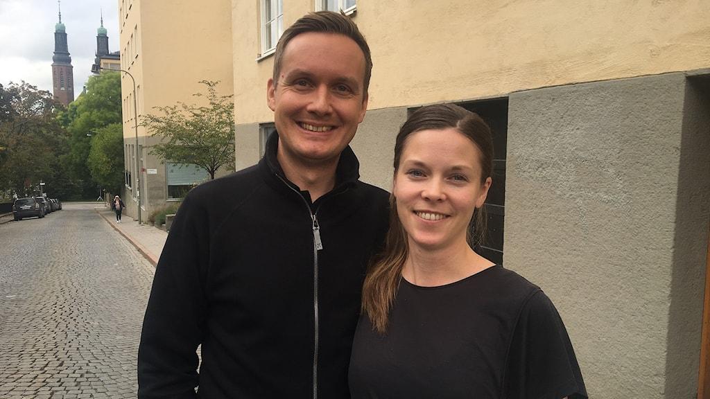 Elisabeth Byström och Johan Ernfors har skrivit boken Prylbantarna.