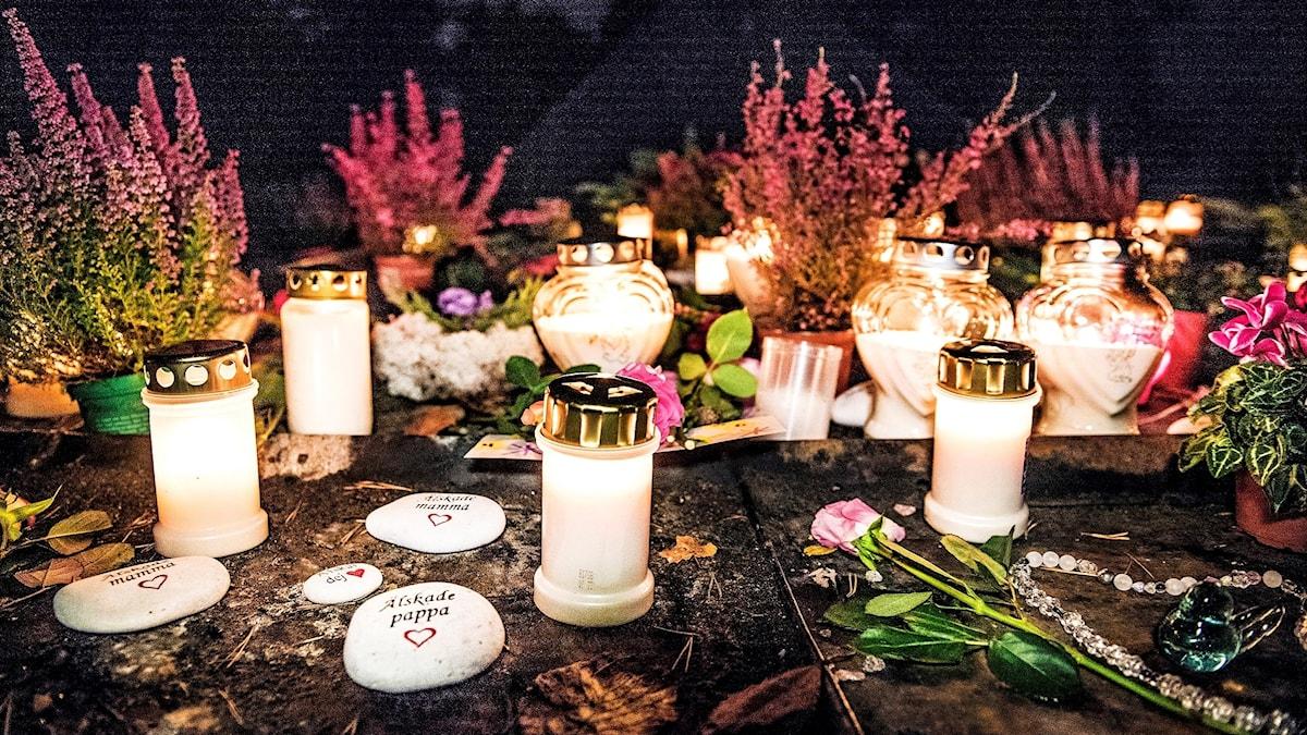Gravljus på kyrkogård