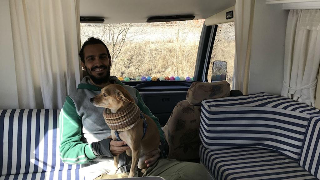 Livet i husbilen är friare och lyckligare, enligt Gurgin.