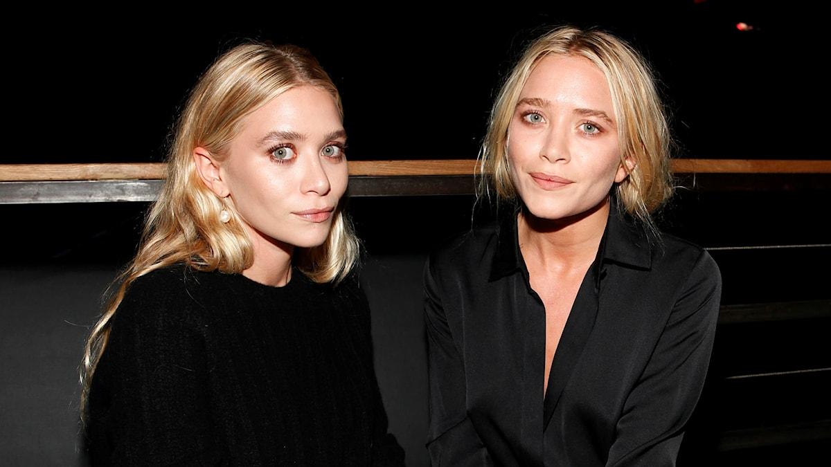 Systrarna Mary-Kate och Ashley Olsen står bakom The Row, som idag betraktas som ett av de mest exklusiva modemärkena i USA.
