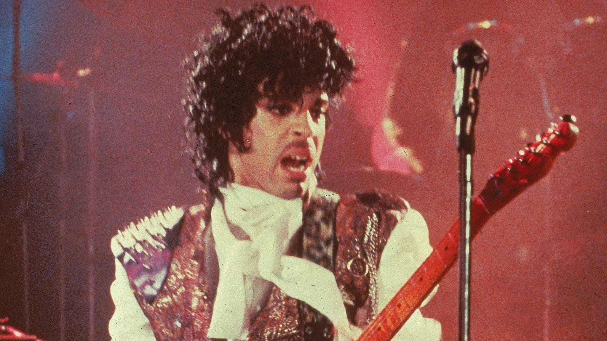 Prince i filmen Purple Rain från 1984.