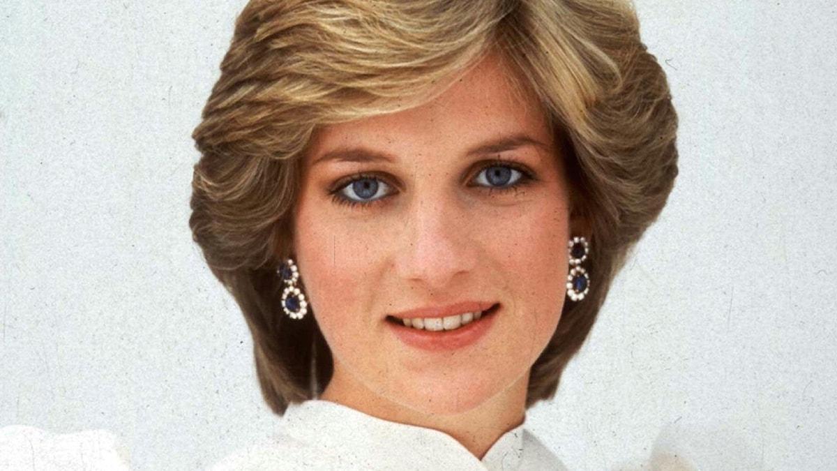 Prinsessan Diana fotograferad av Lord Snowdon 1982.