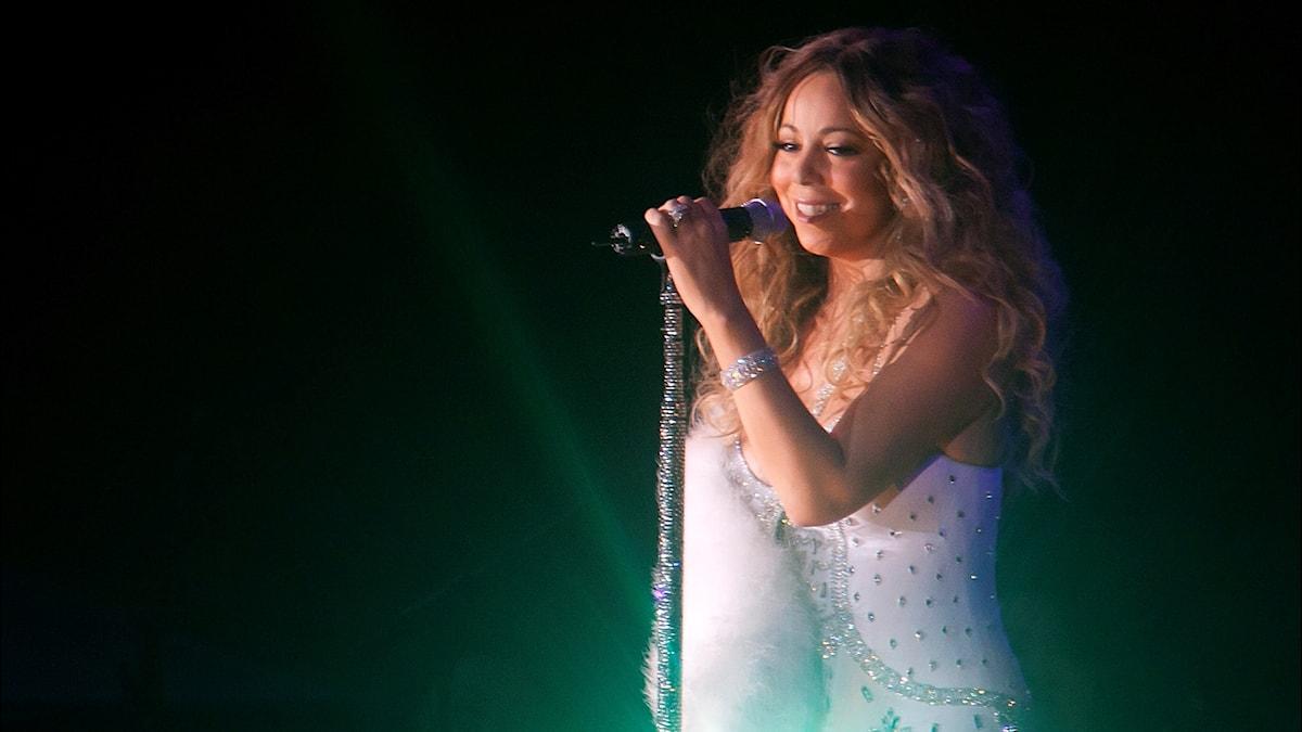 Mariah Carey uppträder i Central Park i New York 2013.