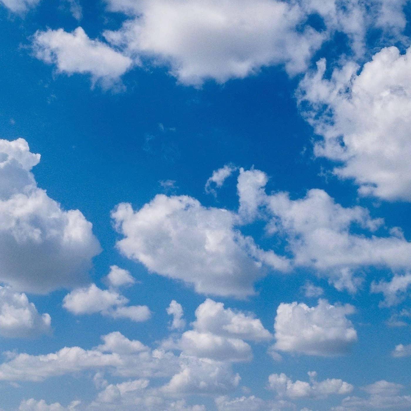Luftiga drömmar och storsäljande motiv – de trendsättande molnen