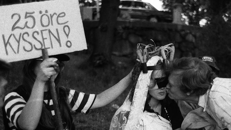 Möhippan och svensexan – festlig eller förfärlig?