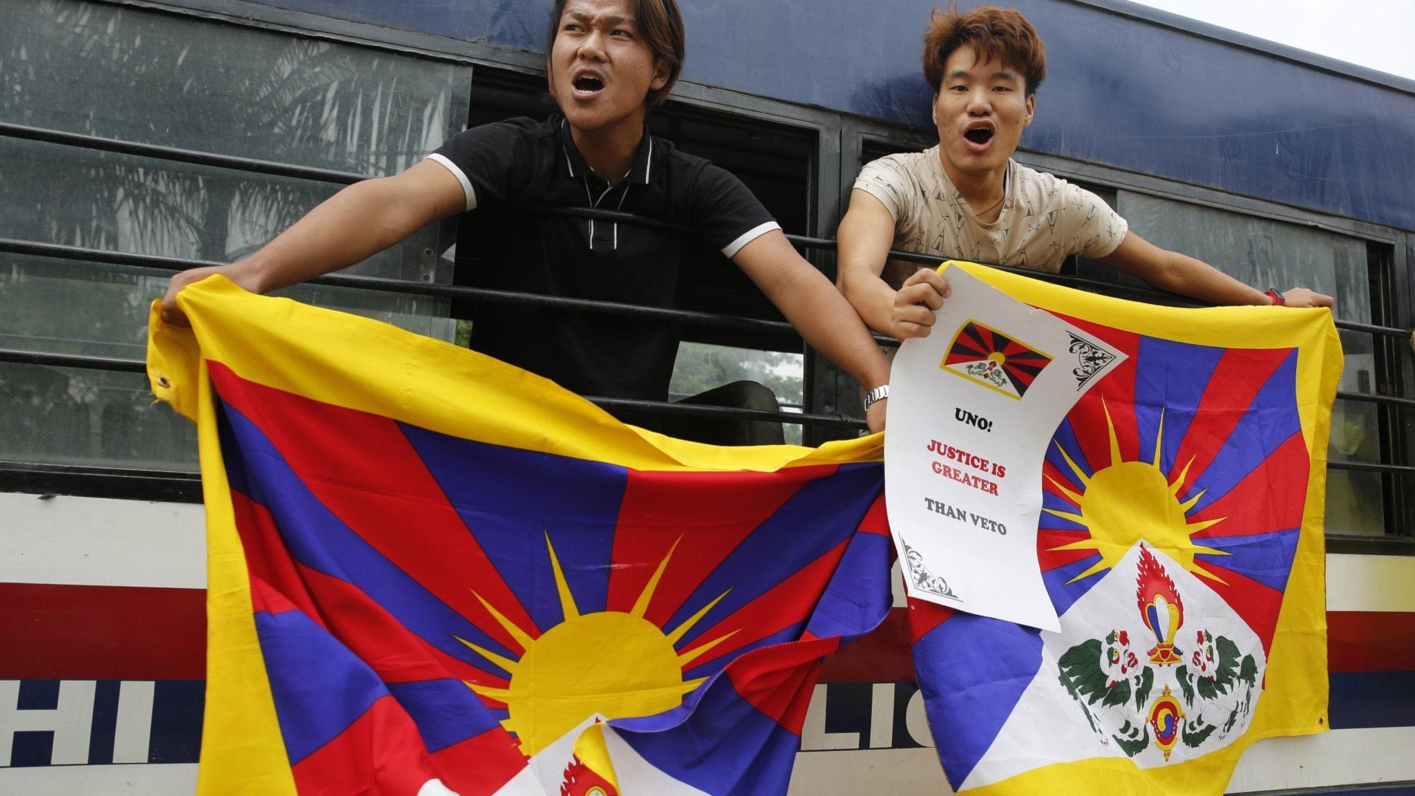 UR visar CCTV-dokumentär med Kinas propagandabudskap om Tibet, fällningen av Hästgården skakar om SR och tunn mediebevakning av Norden