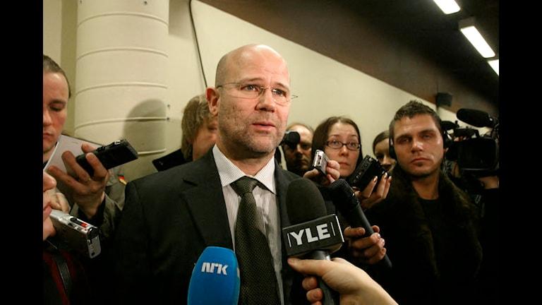 Leif Jennekvist, avgående länspolismästare i Västerås, försvarar i dag polisens tystnad inför medier. Foto: Jonas Ekströmer/TT Nyhetsbyrån