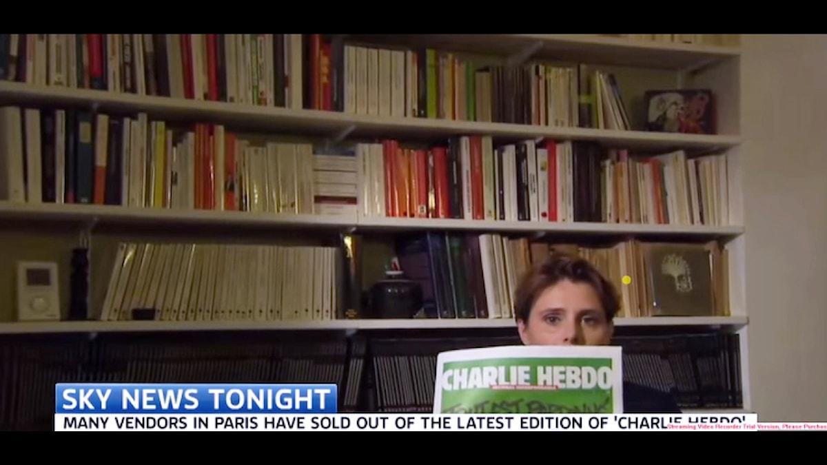 Sky News stoppade Caroline Fourest från att visa Charlie Hebdos omslag i direktsändning.