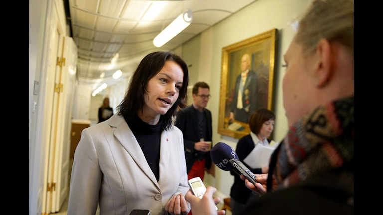 Veronica Palm föreslås bli ny ordförande i Rädda Barnen