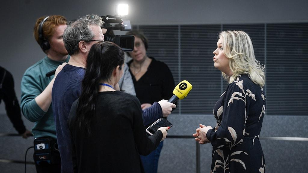 Socialminister Lena Hallengren (S) håller pressträff med anledning av coronaviruset.