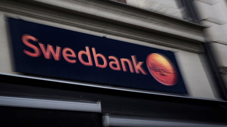 Swedbanks skylt.