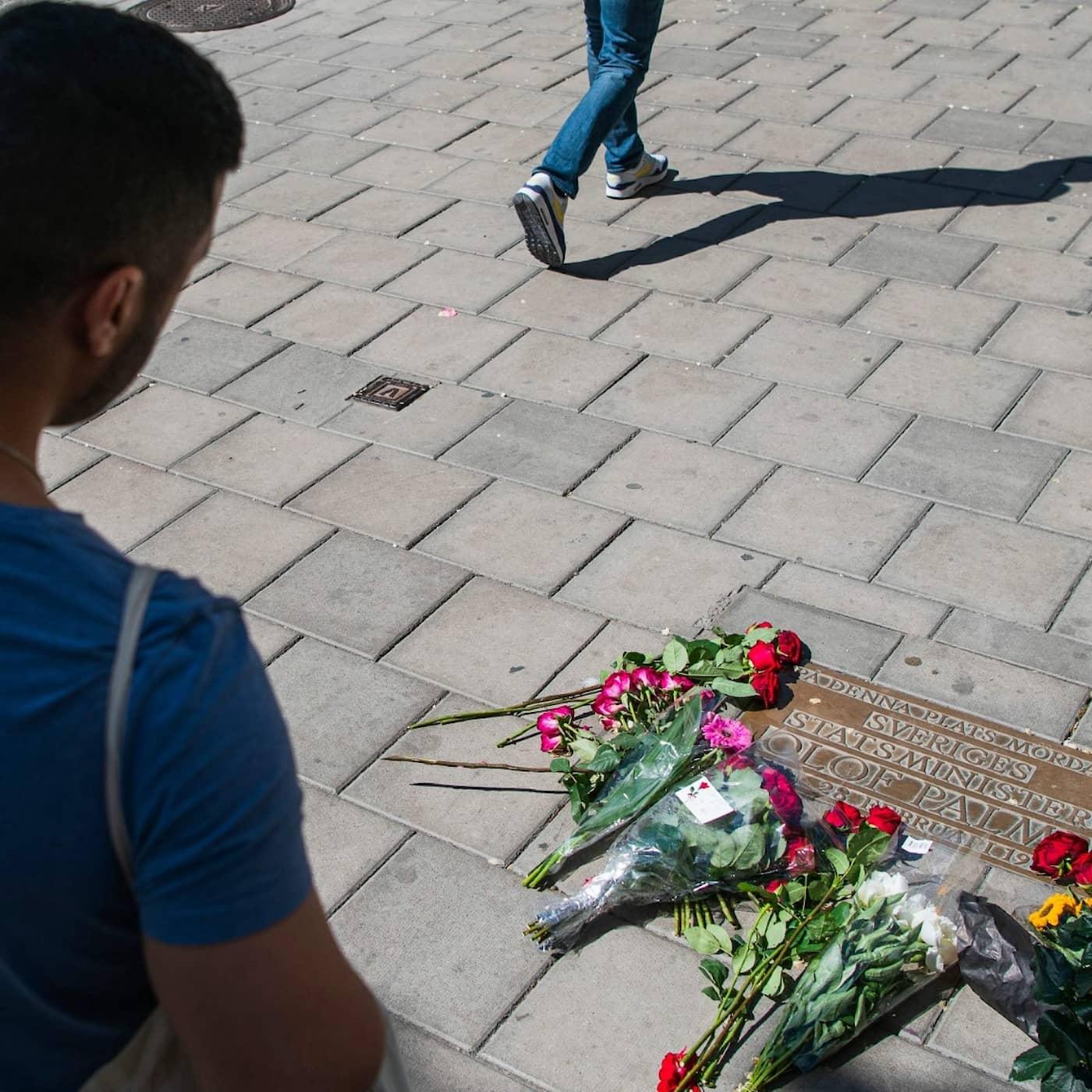 Expressen inifrån när Palme-beskedet kom, Palme-journalistik post Palme-utredningen och Göteborgsjournalister på tvärs mot 08-redaktioner