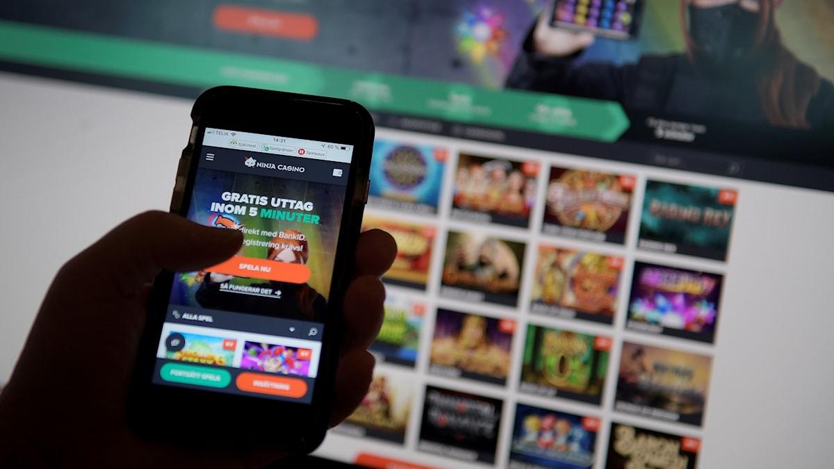 Efter årsskiftet. Nya sajter hos kvällstidningarna ska marknadsföra nätkasinon.