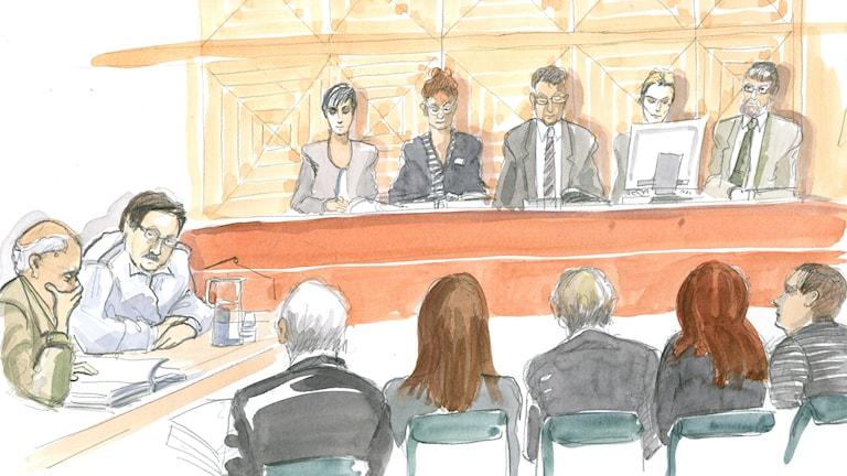 Tecknad bild som skildrar rättegången.