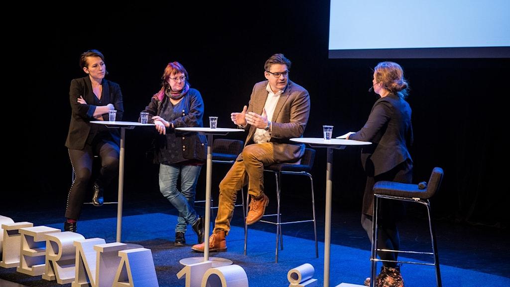 Therese Rosenvinge leder samtal på Kulturhuset i Stockholm.