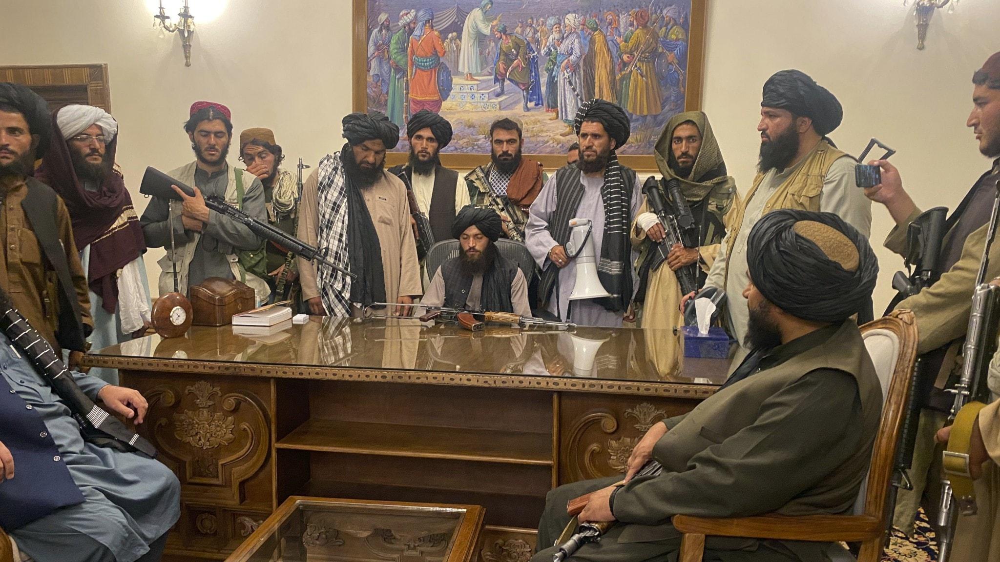 Talibansoldaterna som intog Afghanistans presidentpalats förra helgen
