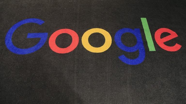 Google har skrivit avtal med över 200 publicister såsom Der Spiegel och Die Zeit.