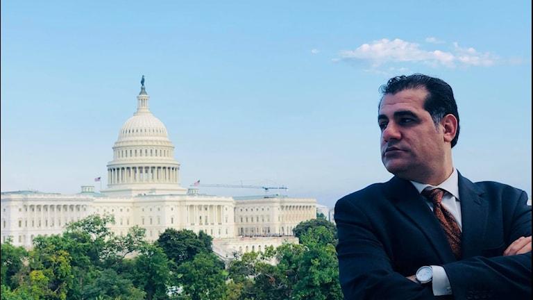Rahim Rashidi framför Vita huset.