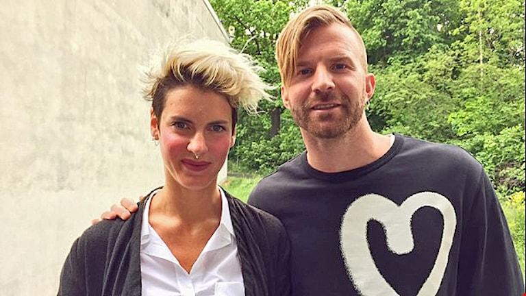 Nina Rung och Peter Svensson bakom Huskurage