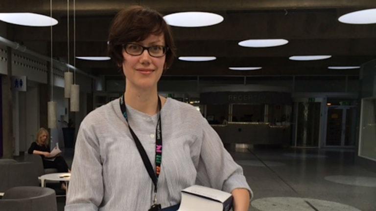 Lena Cousins, språkvårdare på SR. Foto: Ylva Bogegård/Sveriges Radio