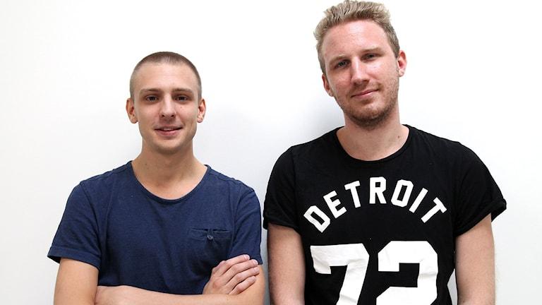 """Viktor """"Vuggo"""" Jendeby och Olof """"Olofmeister"""" Kajbjer från CS:GO laget Fnatic. Foto: Madeleine Rollenhagen/ Sveriges Radio"""