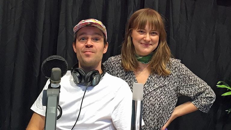 Programledare Rasmus Almerud och Vera Carlbaum. Foto: Anna Isbäck/Sveriges Radio.