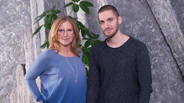 Mia Bryngelson och Simon Garshasebi. Foto: Ola Gäverth/Sveriges Radio