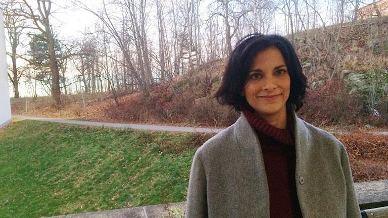Gita Rajan, läkare och specialist i allmänmedicin. Foto: Hanna Roth/Sveriges Radio.