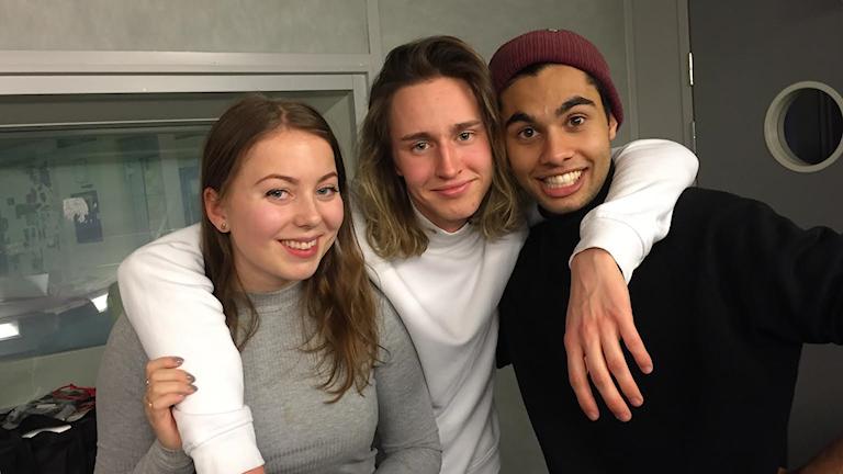 """Linda Ulfheilm, Hampus Nessvold och William Spetz berättar om deras nya program """"22 kvadrat"""" Foto: Athena Afshari / Sveriges Radio."""