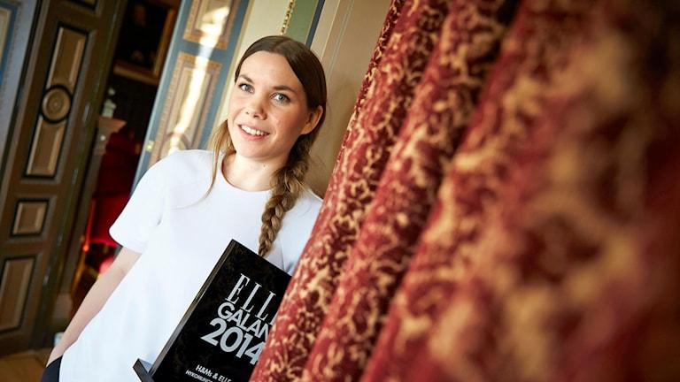 Ida Klamborn får H&M:s och Elles nykomlingsstipendium. Foto: Fredrik Persson / TT