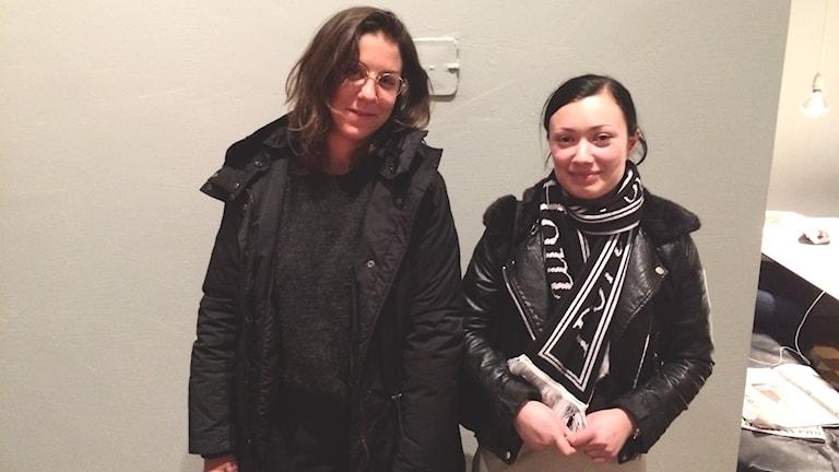 Nadja Chatti och Johanna Schneider. Foto: Tom Hansen/Sveriges Radio.