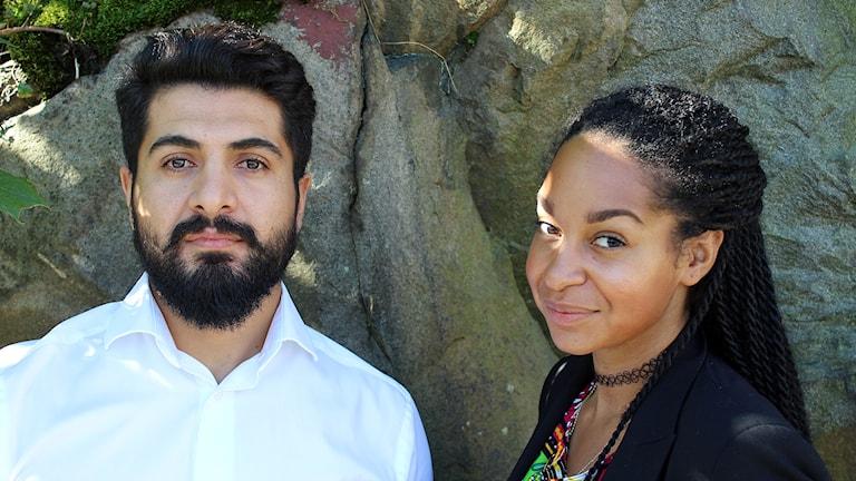 Hewa Abdelzadeh och Palmira Koukkari Mbenga berättar om sina upplevelser som utrikeskorrar.