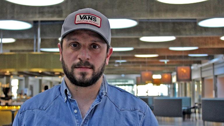 Skådespelaren Joel Spira.