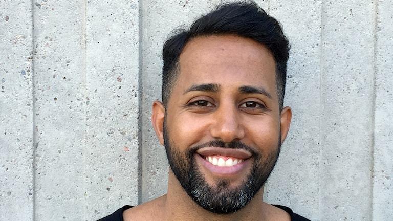 Hårstylisten och frisören Momo Sabah hjälper dig med hösten hårtrender.