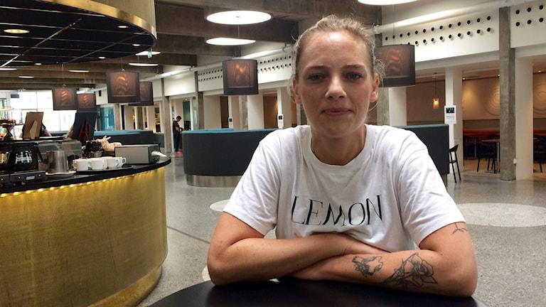 Josefin Eriksson anmälde sin hyresvärd.